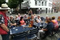 Pause während der Führung in Köln