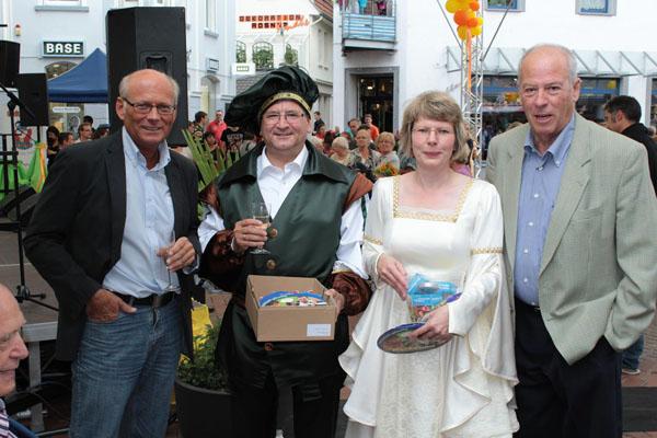 Troisdorfer 1. Beigeordnete Heinz Eschbach, Bürgermeister Opitz aus Heidenau und die 1. Beigeordnete Frau Franz, Troisdorfer Vize-Bürgermeister Catrin